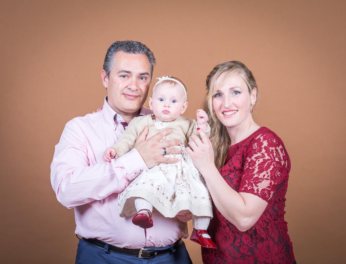 Foto de detalle bautizo, fotógrafo niños en Zaragoza 4